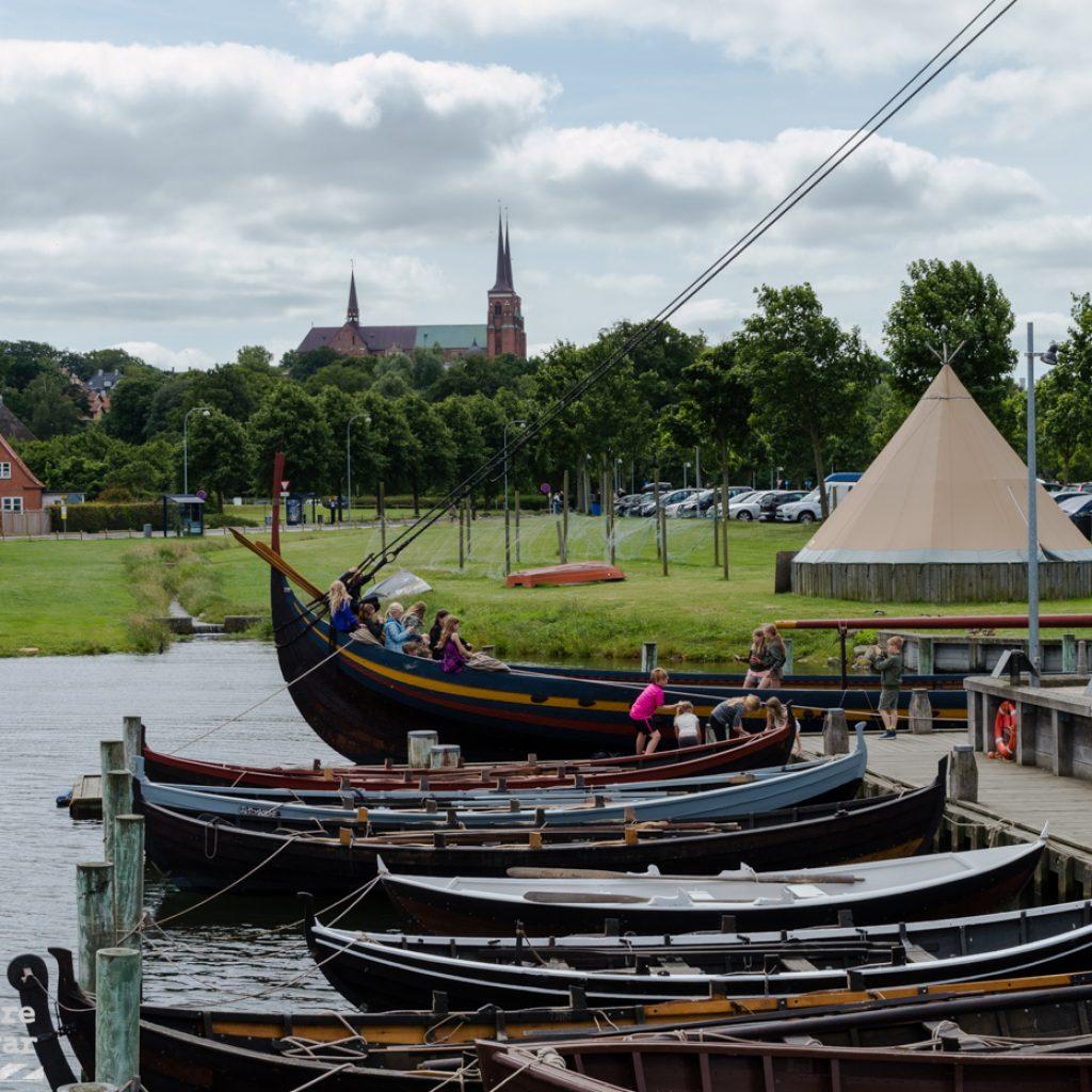 Catedral y museo de barcos vikingos de Roskilde